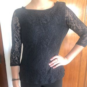 Black Lace Top 3/4 sleeve